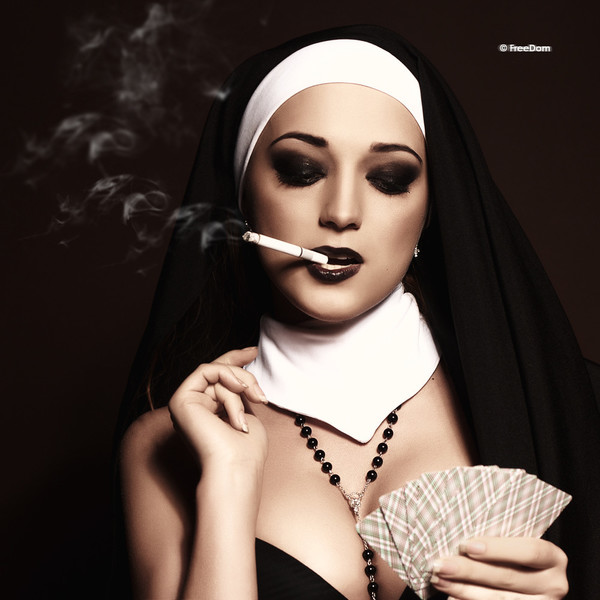 Nuns. В папке. Не все монашки так невинны, какими кажутся на первый взгля